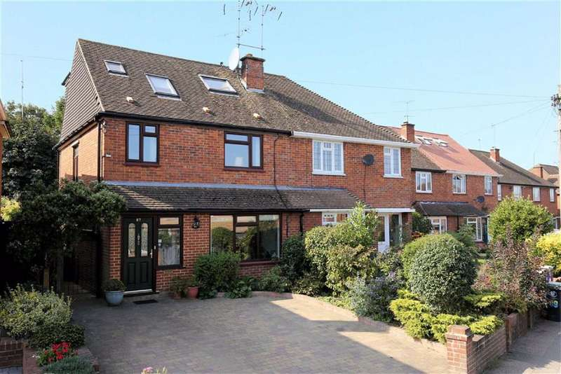 5 Bedrooms Semi Detached House for sale in Tower Road, Epping