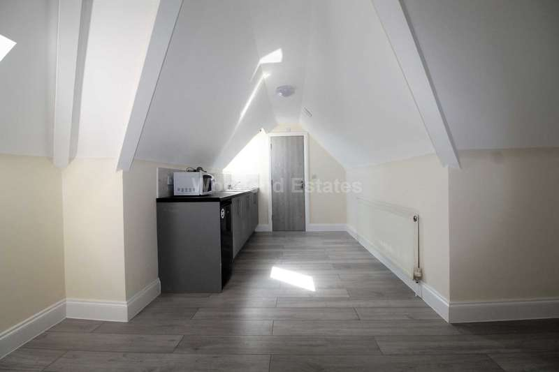 1 Bedroom Flat for rent in Lady Margaret Road, Southall
