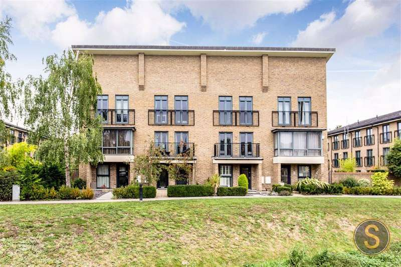 5 Bedrooms Town House for sale in Sheldon Way, BERKHAMSTED