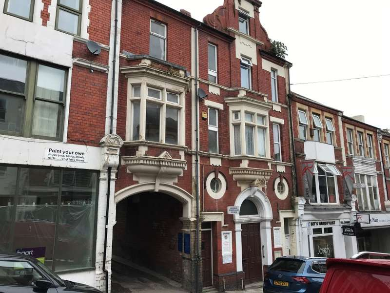 2 Bedrooms Maisonette Flat for sale in 28 Charles Street, Newport