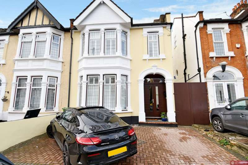 4 Bedrooms House for sale in Hulse Avenue, Barking, IG11
