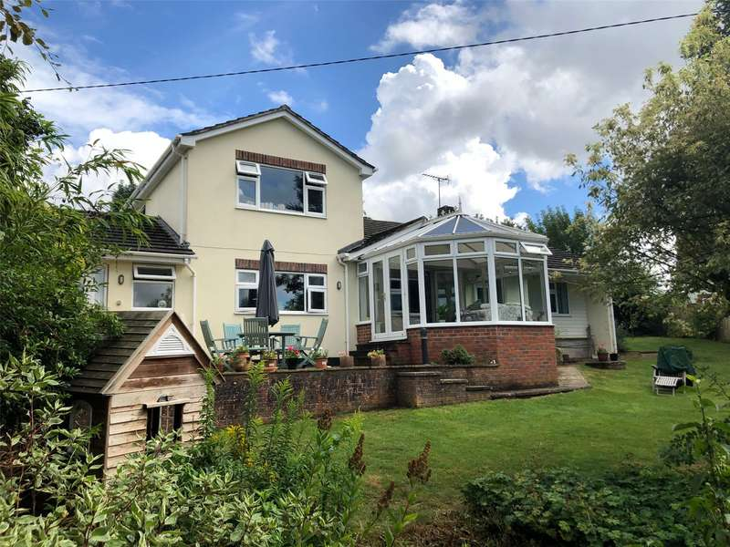 5 Bedrooms Detached House for sale in Palace Close, Kings Somborne, Hampshire, SO20