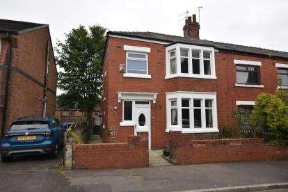 3 Bedrooms Terraced House for sale in Herbert Street, Blackburn, Lancashire