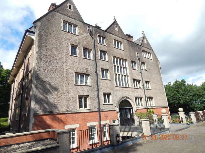 2 Bedrooms Apartment Flat for rent in Purshall Close, Redditch