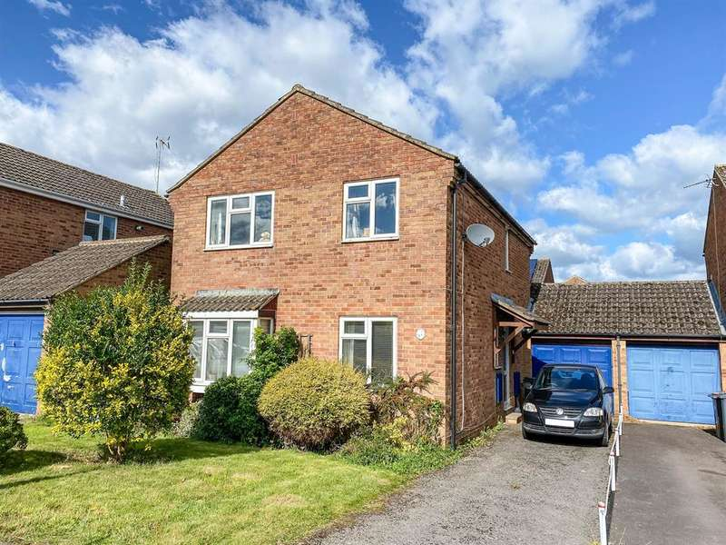 4 Bedrooms Detached House for sale in Steps Close, Cam, Dursley, GL11 5JG