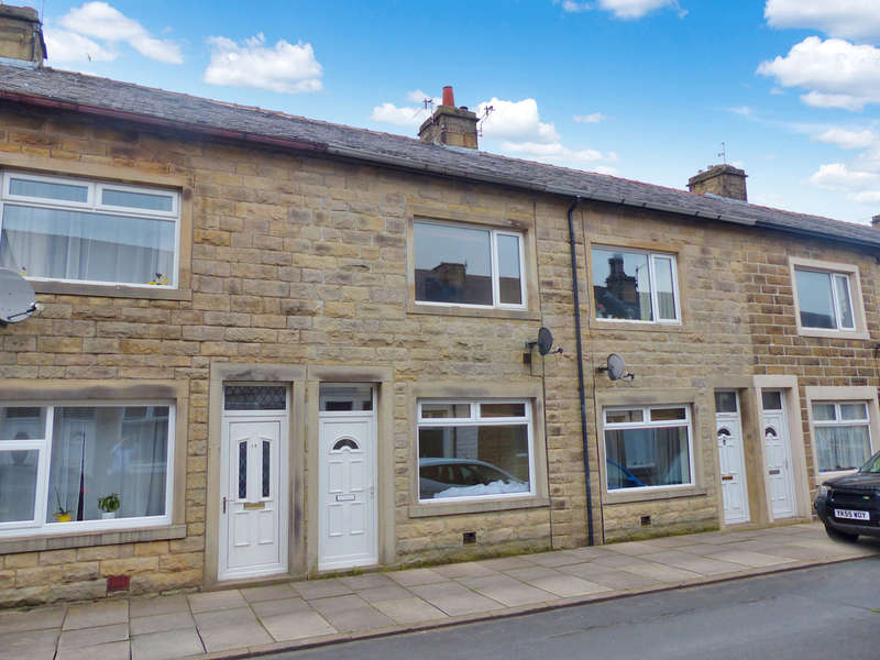 2 Bedrooms Terraced House for sale in Colin Street, Barnoldswick