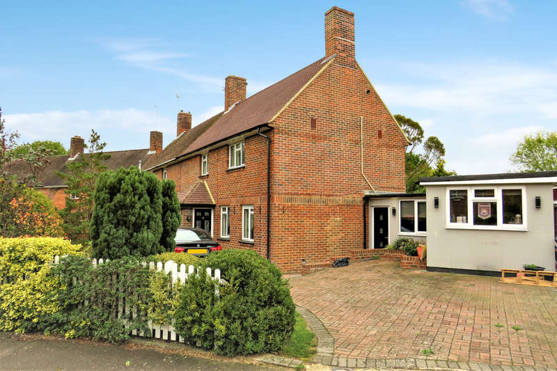 3 Bedrooms Semi Detached House for sale in Snell Hatch, West Green