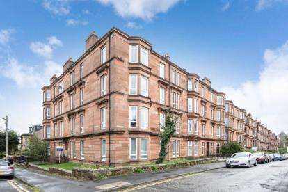 2 Bedrooms Flat for sale in Onslow Square, Dennistoun