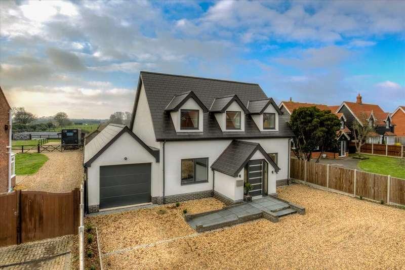 5 Bedrooms Detached House for sale in Sturrick Lane, Great Bentley