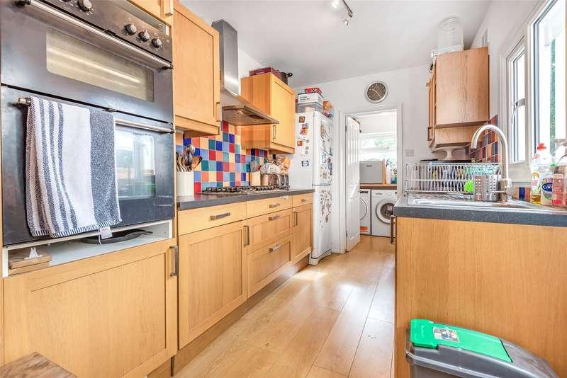 2 Bedrooms Terraced House for sale in Powder Mill Lane, Tunbridge Wells, Kent, TN4