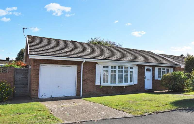 3 Bedrooms Detached Bungalow for sale in Woodnutt Close, Bembridge, Isle of Wight, PO35 5YF