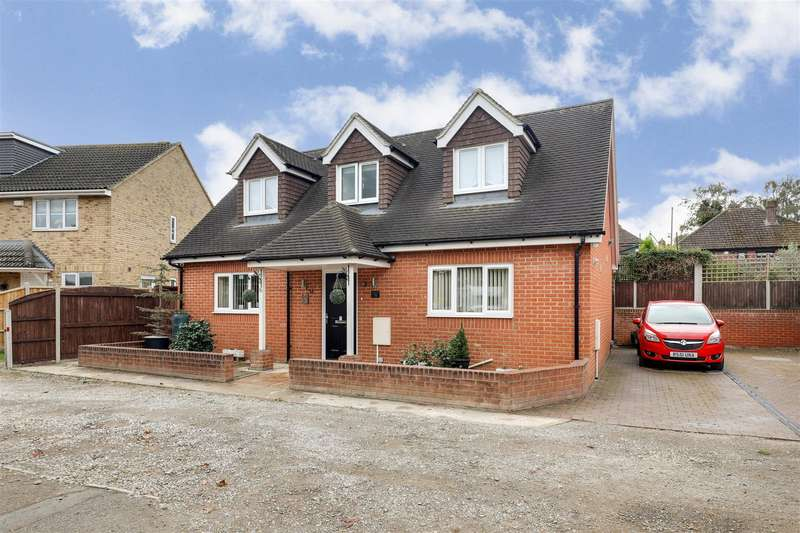 2 Bedrooms Detached House for sale in Chatsworth Drive, Sittingbourne