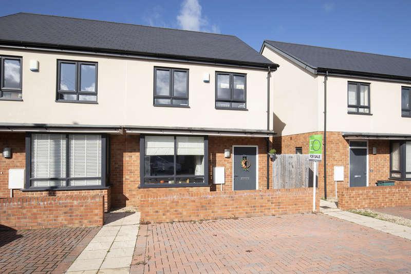 3 Bedrooms Semi Detached House for sale in Folly Lane, Cheltenham GL50 4BT