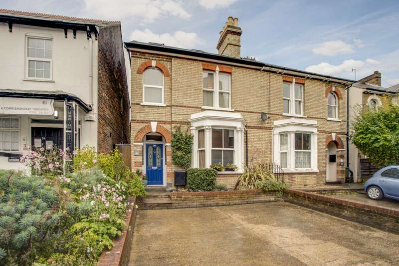 4 Bedrooms Semi Detached House for sale in Chalk Hill, Oxhey