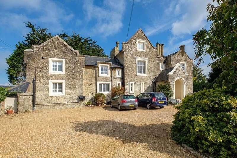 2 Bedrooms Flat for sale in Binstead, Isle Of Wight