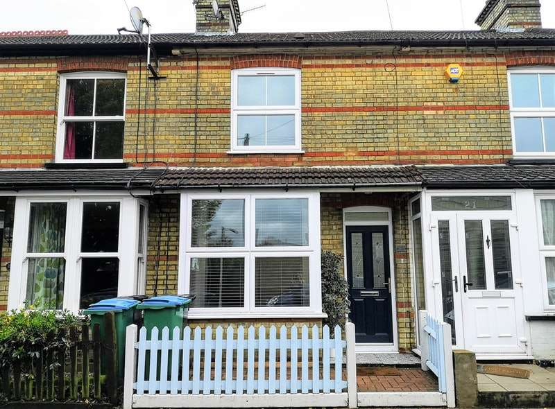 3 Bedrooms Terraced House for sale in Banbury Street, Watford, Hertfordshire, WD18