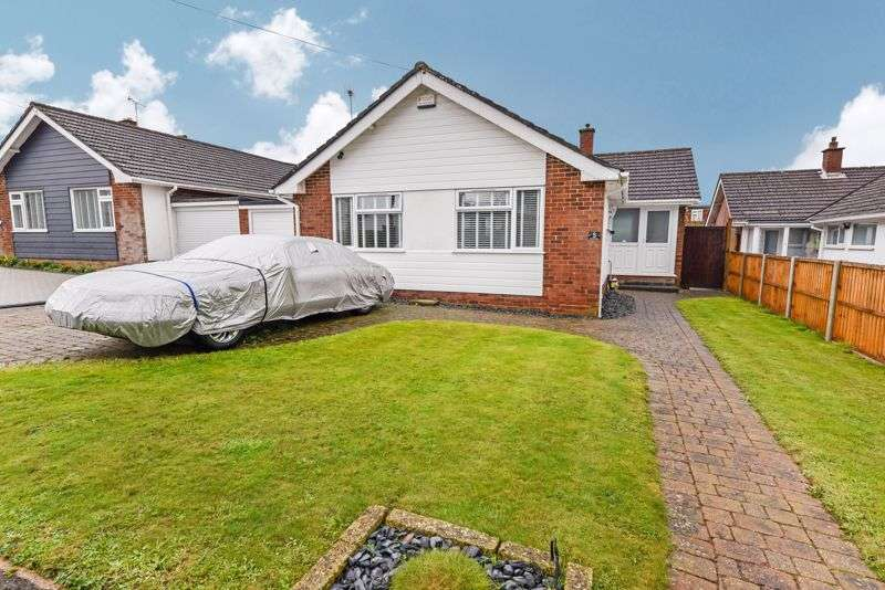 3 Bedrooms Property for sale in Bourne Close, Horndean