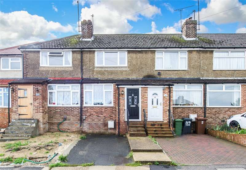 3 Bedrooms Terraced House for sale in Hawthorn Road, Strood, Kent, ME2
