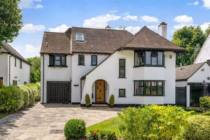 5 Bedrooms Detached House for sale in The Chenies, Petts Wood, Kent