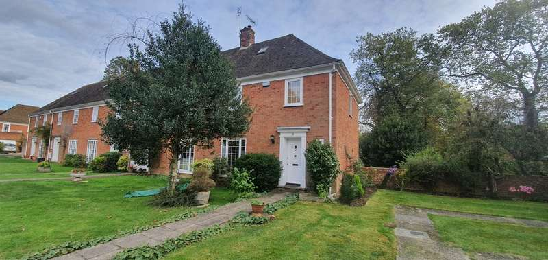 3 Bedrooms End Of Terrace House for rent in Westwell Court, Tenterden