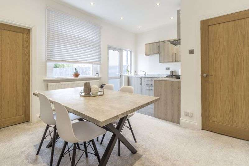 2 Bedrooms Property for sale in Redland Street, Newport