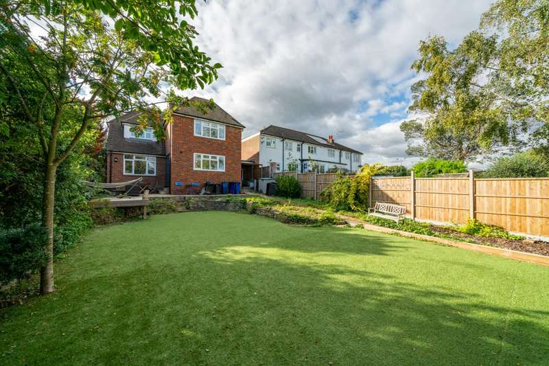 4 Bedrooms Link Detached House for sale in Park Road, Boxmoor