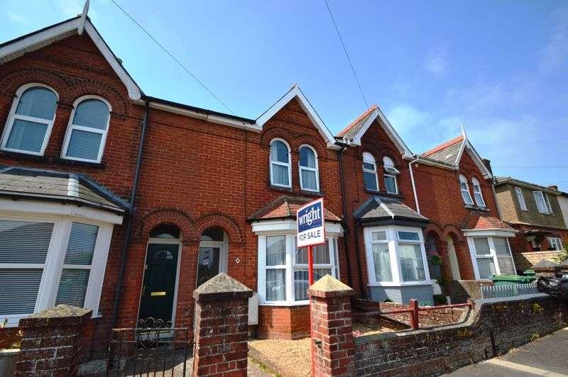 3 Bedrooms Property for sale in Newport, PO30 5JE