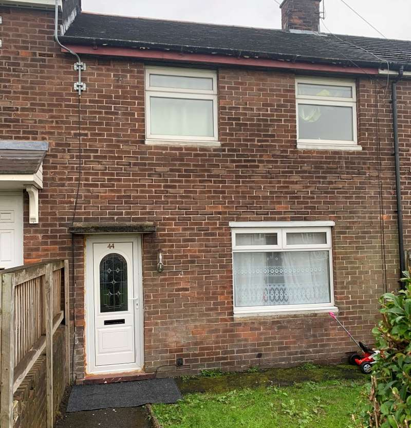 2 Bedrooms Terraced House for sale in Laburnum Avenue, Chadderton, Oldham, Lancashire, OL9 0EF
