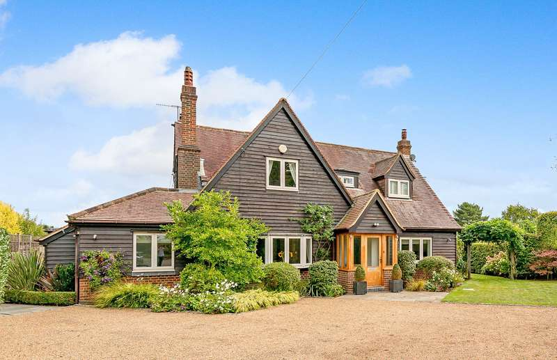 5 Bedrooms Detached House for sale in Lonesome Lane, Reigate, Surrey, RH2
