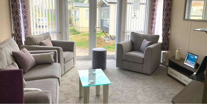 2 Bedrooms Lodge Character Property for sale in Bradgate Park, Kent