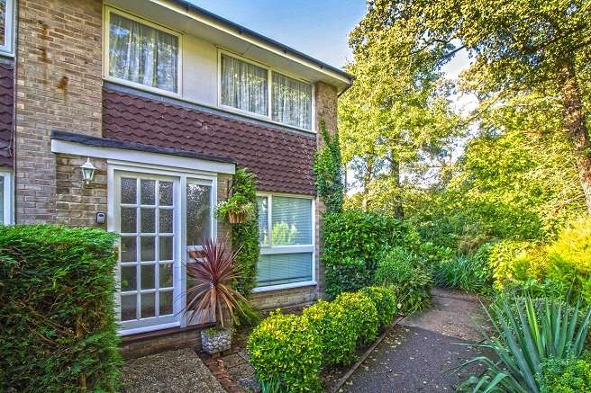 3 Bedrooms End Of Terrace House for sale in Yorkwood, Liss, Hampshire, GU33