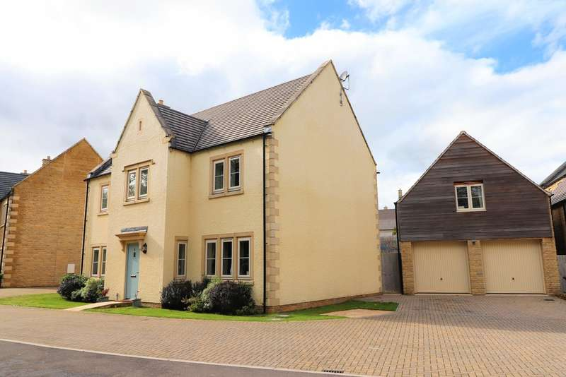 4 Bedrooms Detached House for sale in Adlards Walk, Winchcombe
