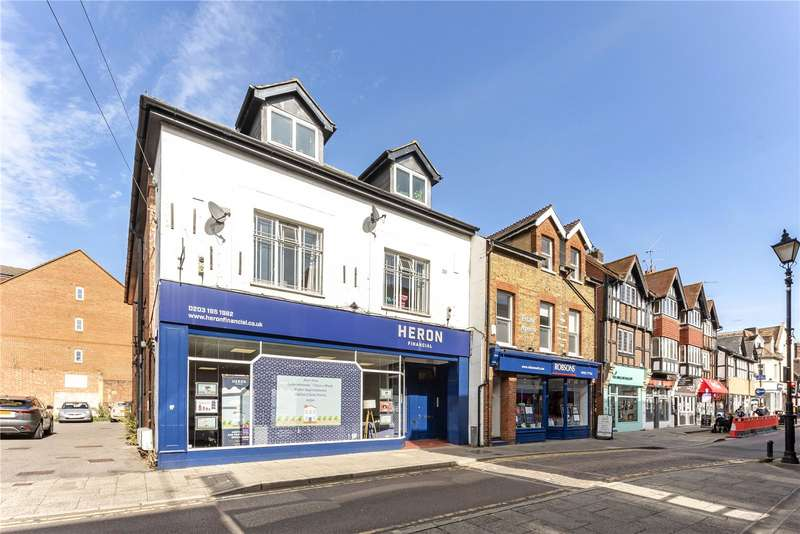 1 Bedroom Flat for sale in High Street, Rickmansworth, Hertfordshire, WD3