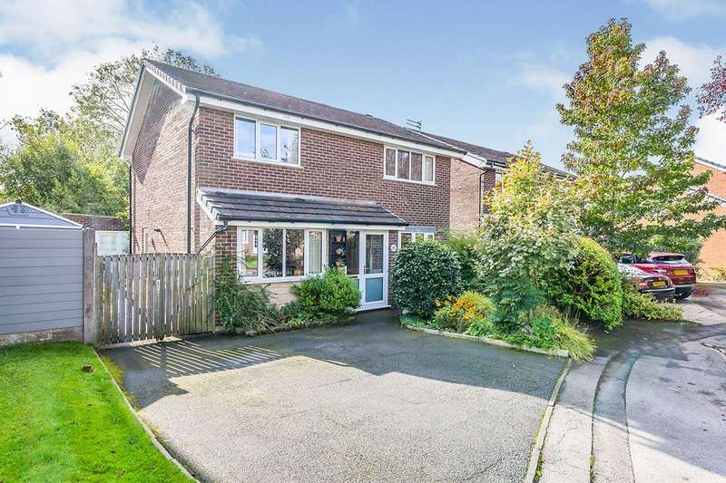 4 Bedrooms Detached House for sale in Judeland, Chorley, Lancashire, PR7