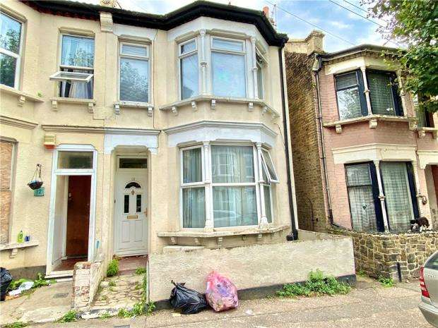 1 Bedroom Apartment Flat for sale in Wesley Road, Southend-on-Sea, Essex