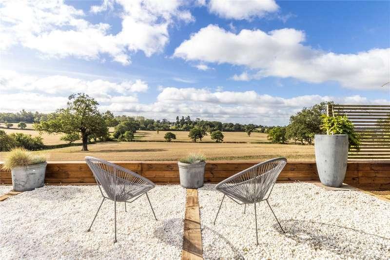4 Bedrooms Detached House for sale in Bentley Heath Lane, Barnet, EN5