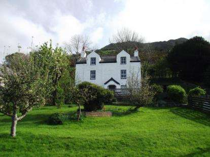 3 Bedrooms Detached House for sale in Graiglwyd Road, Penmaenmawr, Conwy, LL34