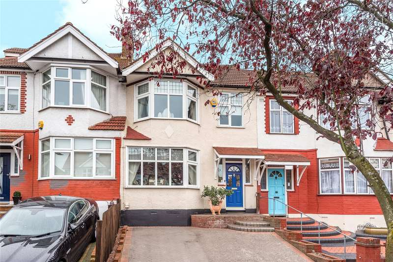 3 Bedrooms Terraced House for sale in Crownhill Road, Woodford Green, IG8