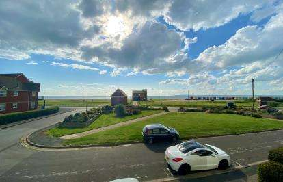 2 Bedrooms Terraced House for sale in Hayling Island, Hampshire, .