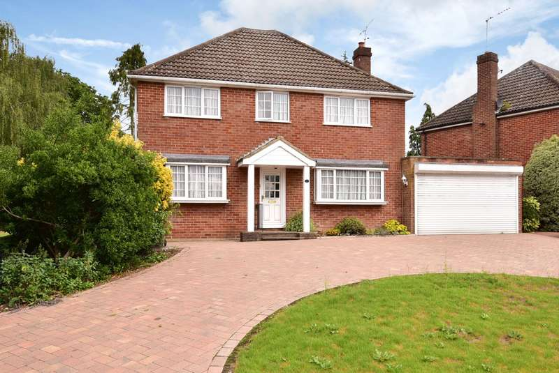 4 Bedrooms Detached House for sale in Church Road, Potters Bar, EN6