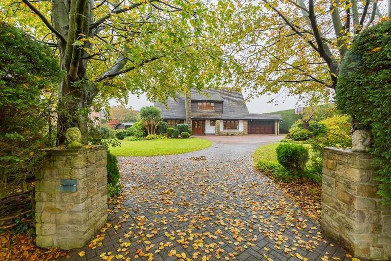 4 Bedrooms Bungalow for sale in Wyre Lane, Garstang, Preston, Lancashire, PR3 1JL