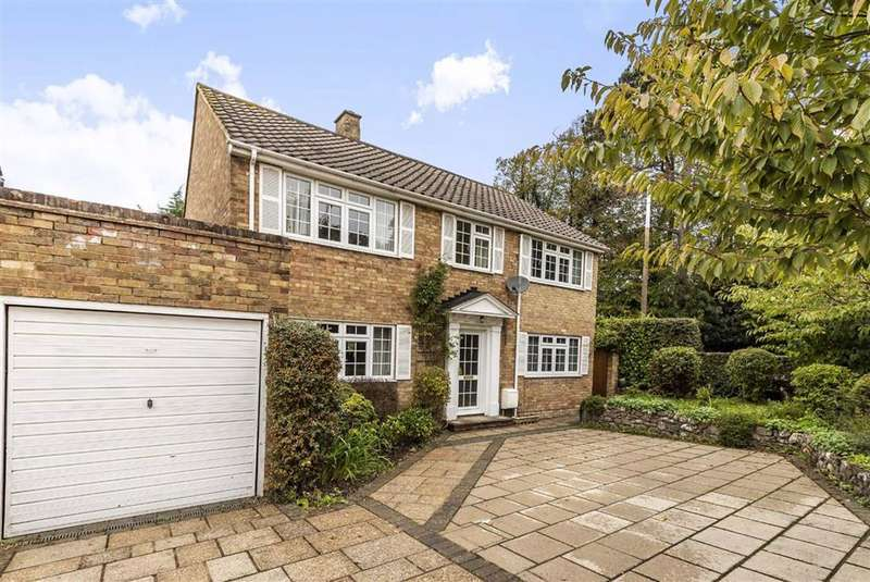 4 Bedrooms Detached House for sale in Church Road, Potters Bar, Hertfordshire