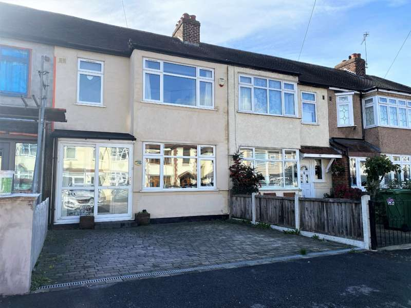 3 Bedrooms Terraced House for sale in Gainsborough Road, Rainham