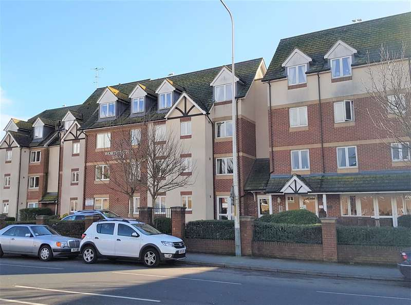 2 Bedrooms Flat for sale in Worthington Lodge, East Street, Hythe