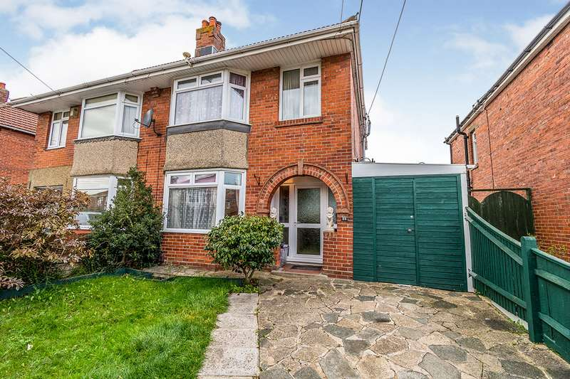 3 Bedrooms Semi Detached House for sale in Elmes Drive, Southampton, Hampshire, SO15