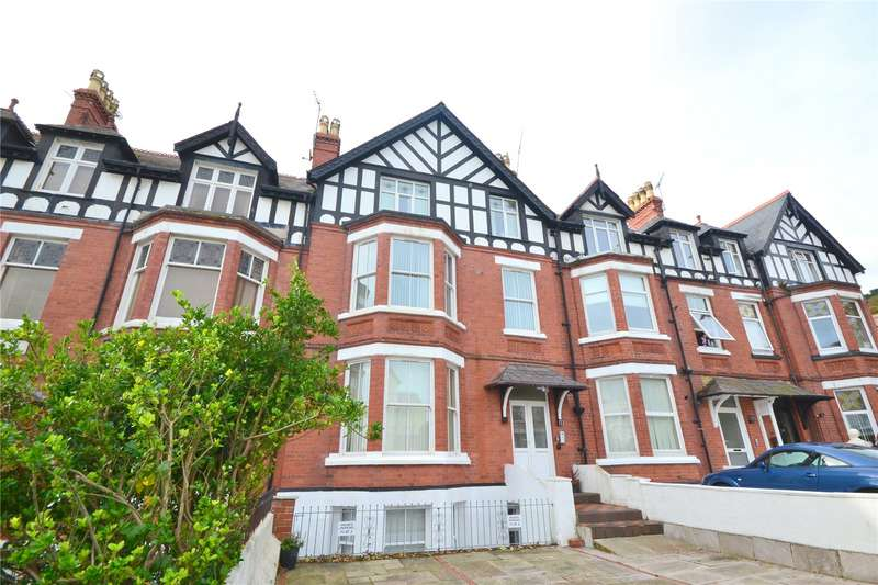 2 Bedrooms Apartment Flat for sale in Clement Avenue, Llandudno, Conwy, LL30