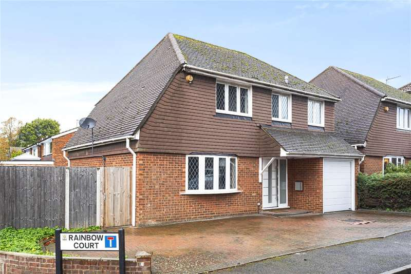 4 Bedrooms Detached House for sale in Rainbow Court, Oxhey Road, Watford, WD19