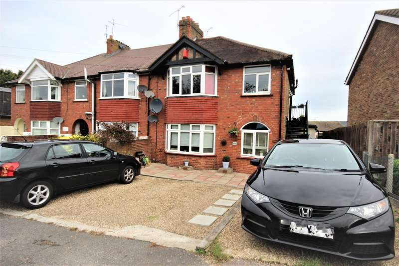 2 Bedrooms Flat for sale in Hillingdon Avenue, Sevenoaks