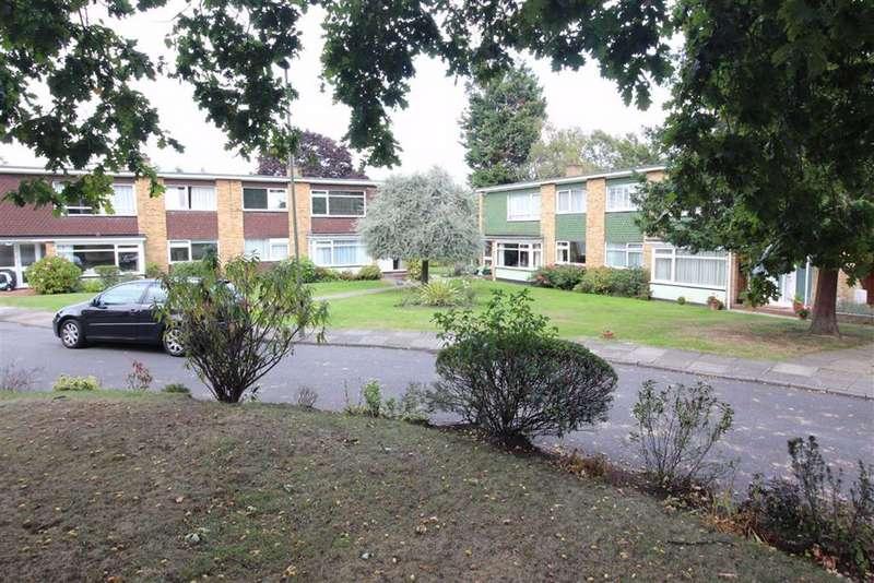 3 Bedrooms Maisonette Flat for sale in Foxes Dale, Shortlands, Bromley, BR2