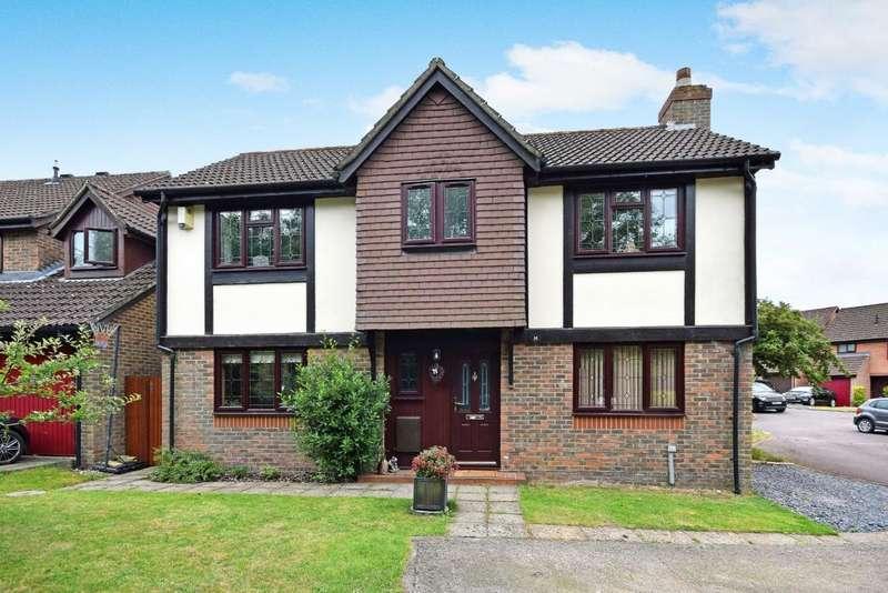 4 Bedrooms Detached House for sale in Hatch Warren, Basingstoke, RG22